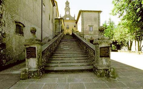 foto scalinata Monte Senario